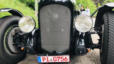 Ein Oldtimer Lagonda Typ V 12 mit zwölf Zylinder und 200 PS aus dem Jahr 1938.