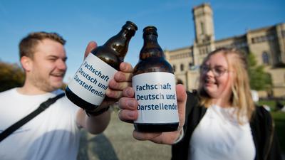 Die große Party fällt aus: Am Montag beginnt das Wintersemester und die neuen Studierenden werden in ihren neuen Bildungsabschnitt eingeführt. Traditionell gibt es Alkohol, wie hier im vergangenen Jahr in Hannover, dazu. In diesem Jahr läuft aber vieles anders.