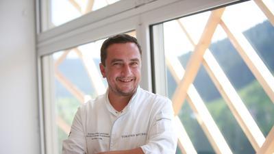 """In dem """"Zuhause auf Zeit"""" erreichte Küchenchef Torsten Michel die Top-Bewertung – ab 2022 will er dann in der frisch errichteten Schwarzwaldstube kochen."""