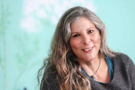 Die Trauerbegleiterin Diana Sayegh aus Karlsruhe