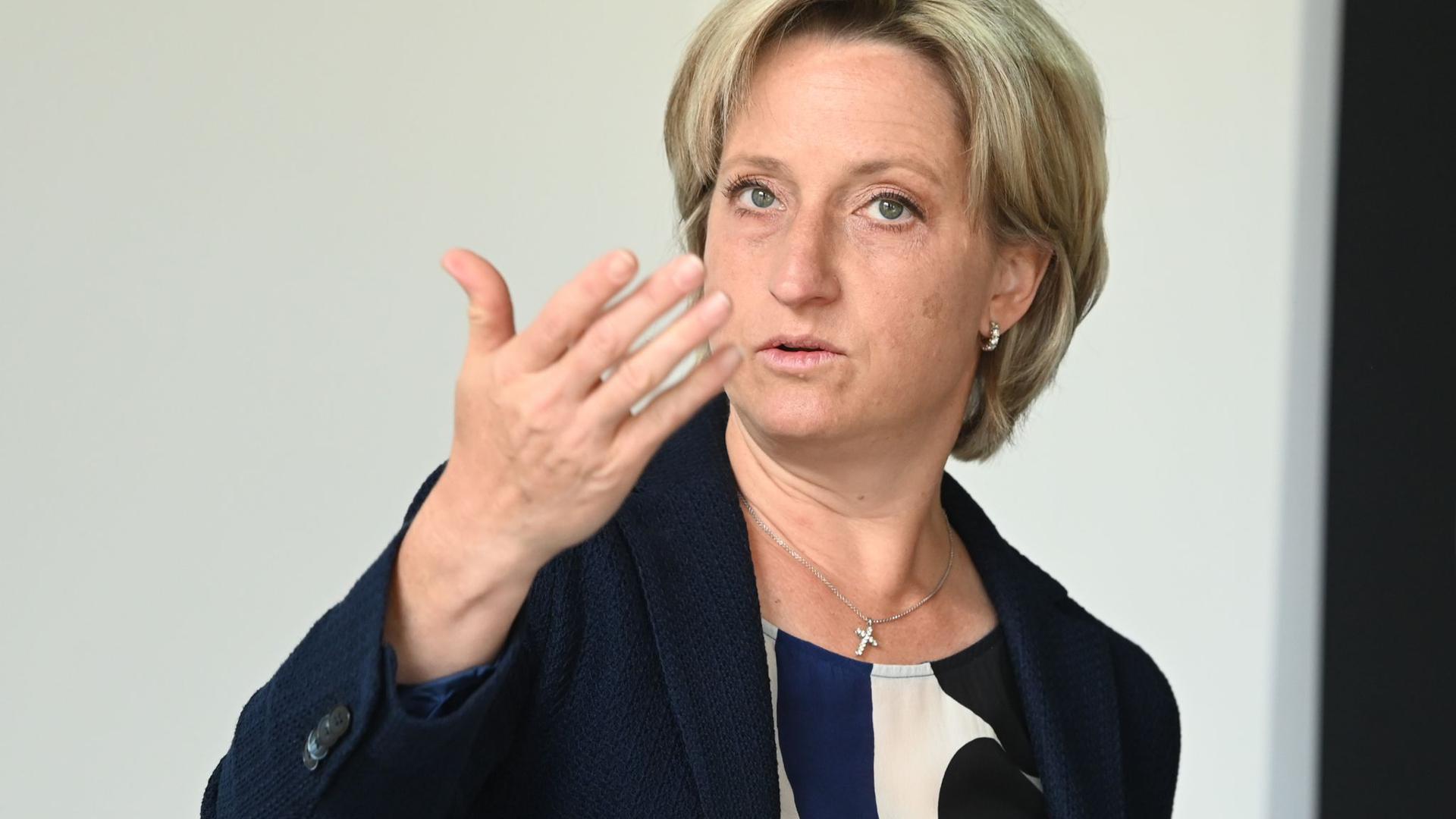 Nicole Hoffmeister-Kraut (CDU), Wirtschaftsministerin von Baden-Württemberg.