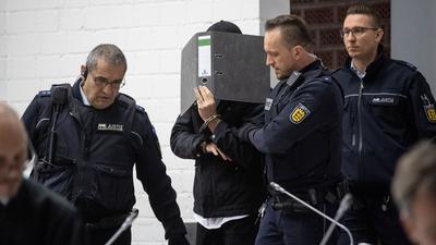 So begann der Eiszeit-Prozess gegen Dasbar W. am Oberlandesgericht Stuttgart vor zwei Jahren – nun wurde der 32-Jährige verurteilt.