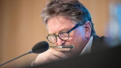 Manfred Lucha (Bündnis 90/Die Grünen), Minister Gesundheit in Baden-Württemberg, spricht.