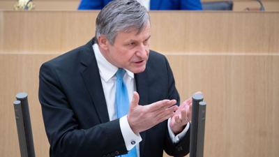 Hans-Ulrich Rülke (FDP), Fraktionsvorsitzender der FDP, spricht.