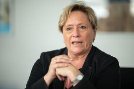 Susanne Eisenmann (CDU), Ministerin für Kultus, Jugend und Sport von Baden-Württemberg, spricht.