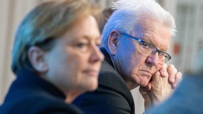 Baden-Württembergs MinisterpräsidentWinfried Kretschmann(Grüne, r) und CDU-Spitzenkandidatin Susanne Eisenmann.