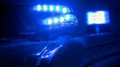 Blaulicht auf einem Polizei-Fahrzeug.