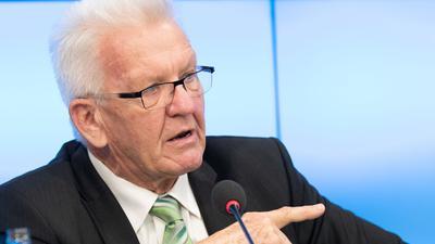 Ministerpräsident Winfried Kretschmann wird eine wichtige Rolle bei den Koalitionsverhandlungen übernehmen. Allerdings gibt es keinen Grund, seine Rolle zu überhöhen, das tut er selbst auch nicht.