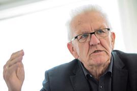 Winfried Kretschmann (Bündnis 90/Die Grünen) spricht.