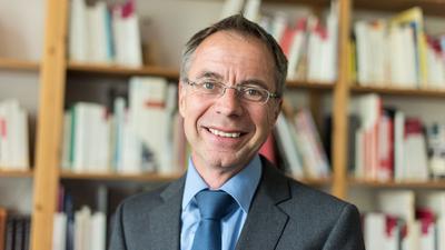 Der Freiburger Politikwissenschaftler Michael Wehner.