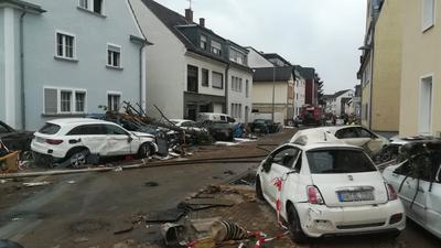 Ein Bild der Verwüstung bietet sich den Einsatzkräften aus der Region im Katastrophengebiet an der Ahr.