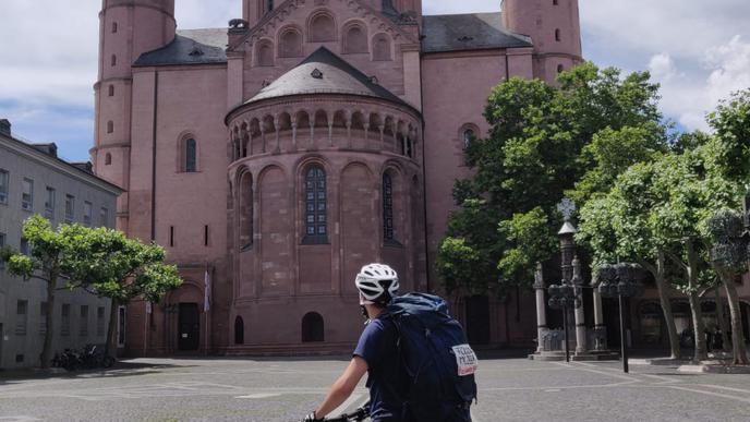 An Tag 2 hat der Karlsruher es schon bis nach Mainz geschafft
