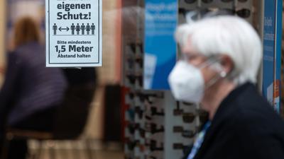 Die Länder haben sich auf eine Bebehaltung der Maskenpflicht verständigt.