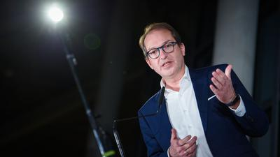 CSU-Landesgruppenchef Alexander Dobrindt appelliert an Mark Rutte.