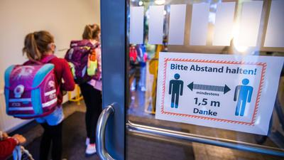 Der Unterricht in Mecklenburg-Vorpommern hat nach den Sommerferien gerade erst wieder begonnen (Symbol).
