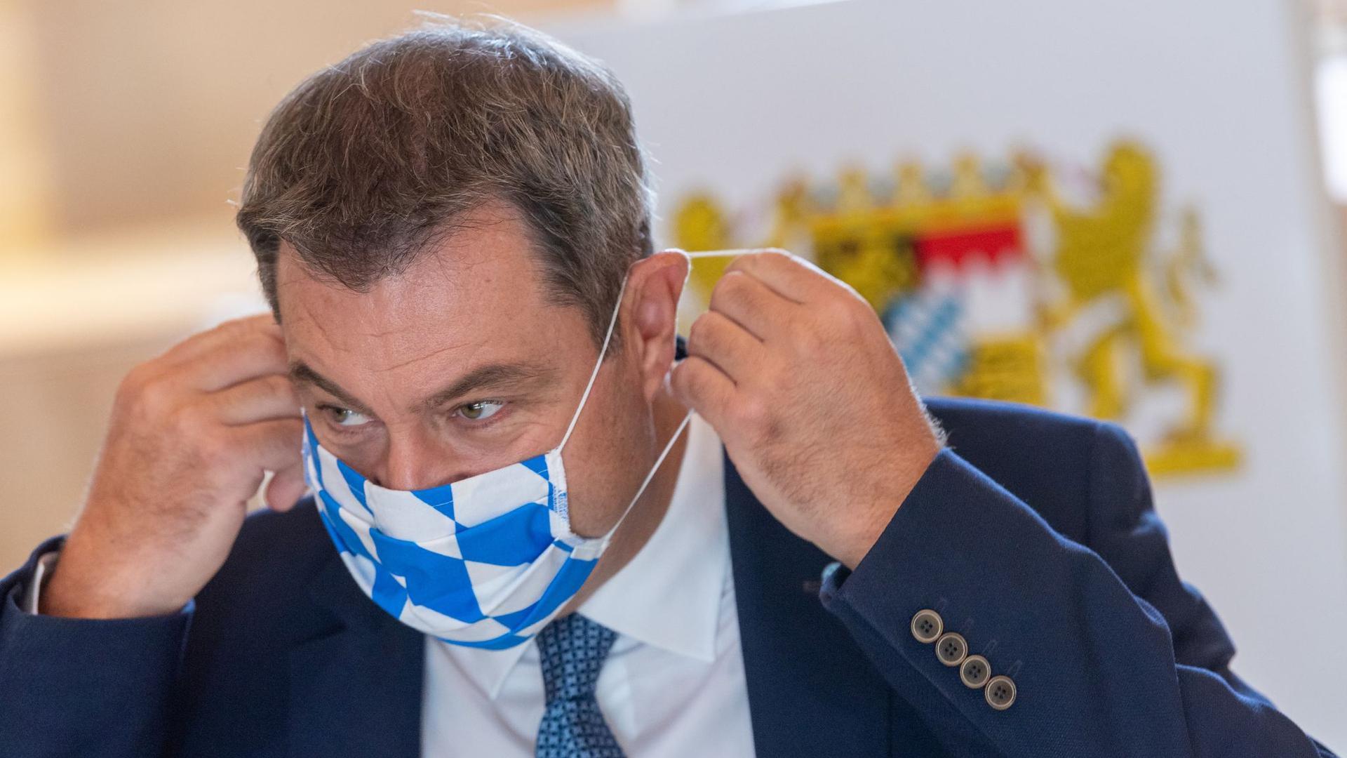 Bayern führt befristete Maskenpflicht im Schulunterricht ein