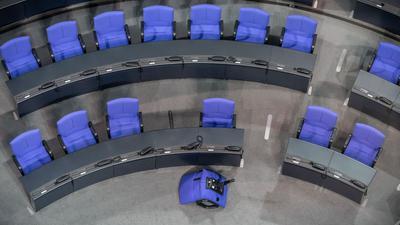 Der inzwischen auf 709 Sitze angewachsene Bundestag soll kleiner werden.