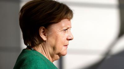 Kanzlerin Angela Merkel empfängt heute die Bildungsminister aus Bund und Länder und die SPD-Chefin Saskia Esken.