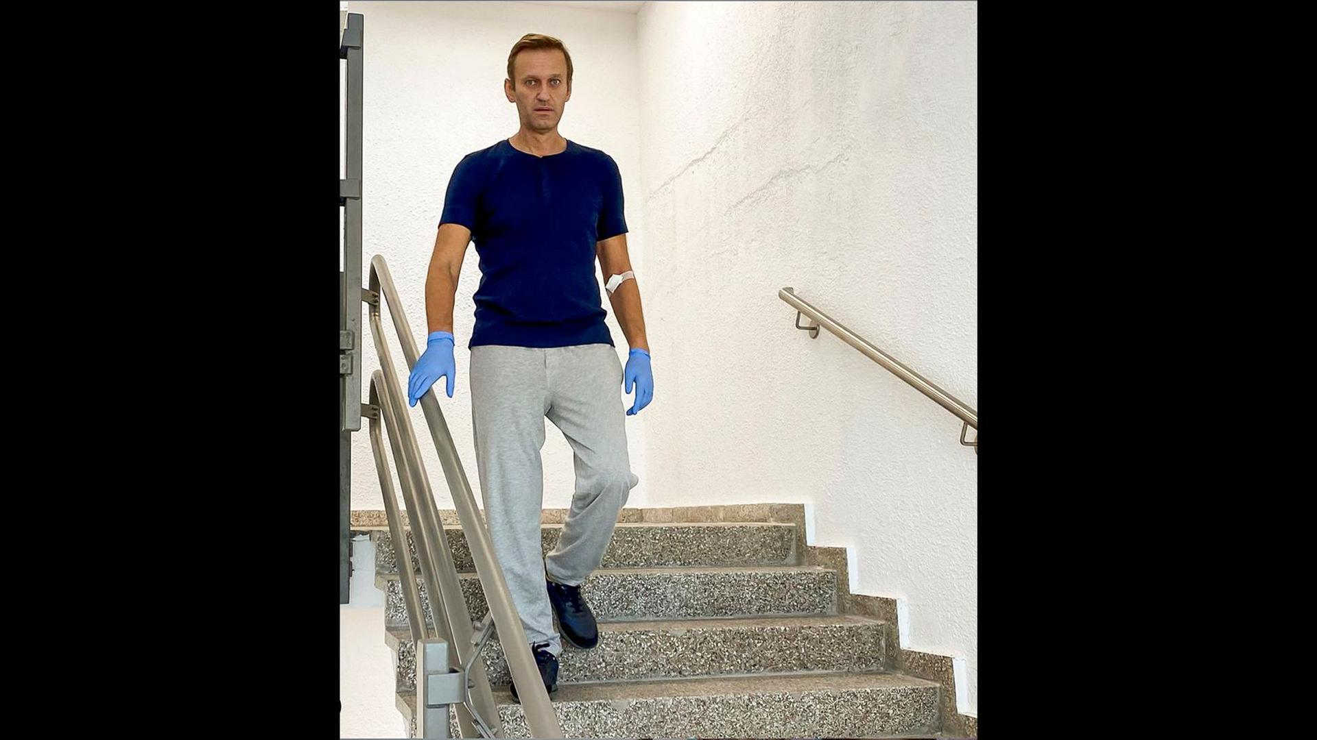 Der russische Oppositionsführer Alexej Nawalny ist aus der stationären Behandlung entlassen worden.