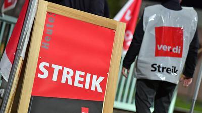 Die Gewerkschaft Verdi hat die Beschäftigten im Öffentlichen Nahverkehr zum Warnstreik aufgerufen.