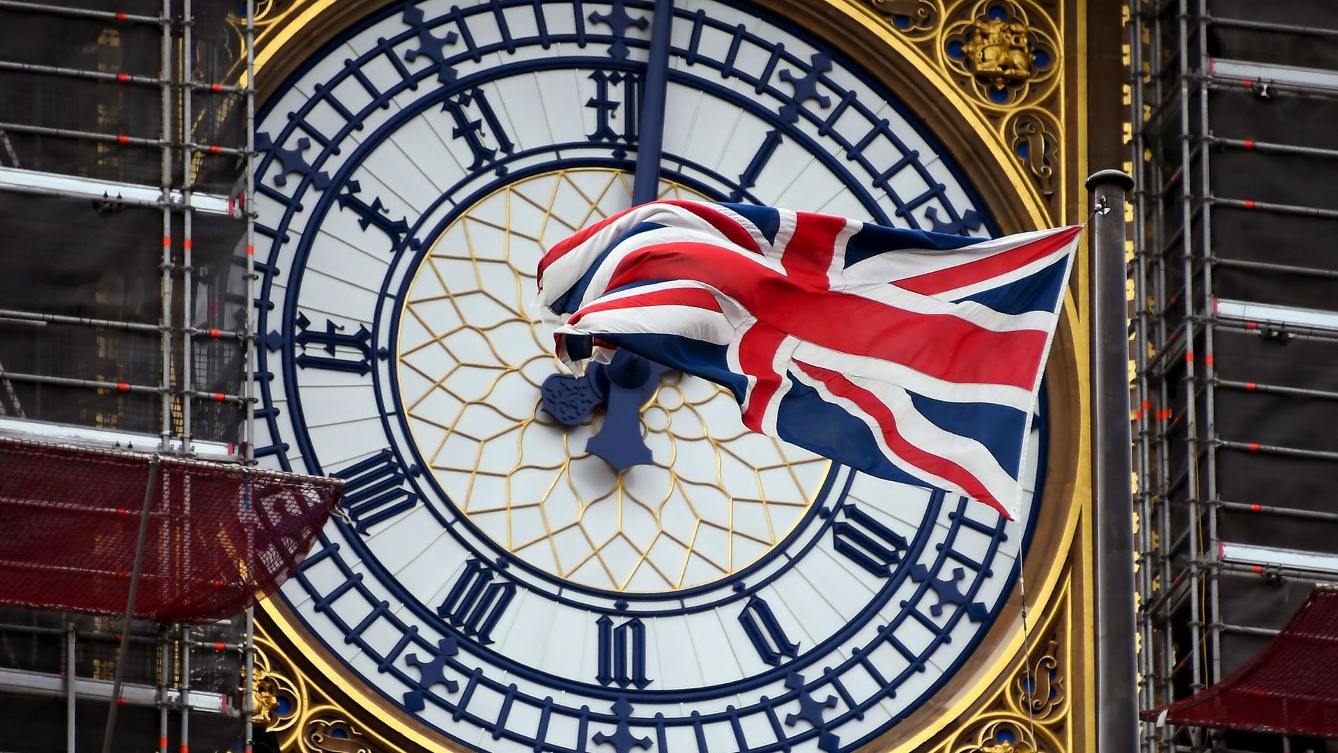 Die Uhr tickt, der Brexit naht. Jetzt sieht es ganz danach aus, dass die Nachbarschaft des Königreichs und der EU nach der Scheidung keine einfache werden wird.