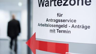 Langzeitarbeitslos über Jahre - Ostdeutsche stecken besonders oft in Hartz IV fest.