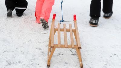 Der Hamburger CDU-Chef Christoph Ploß würde gern die Winterferien um zwei bis drei Wochen verlängern und im Sommer entsprechend kürzen.