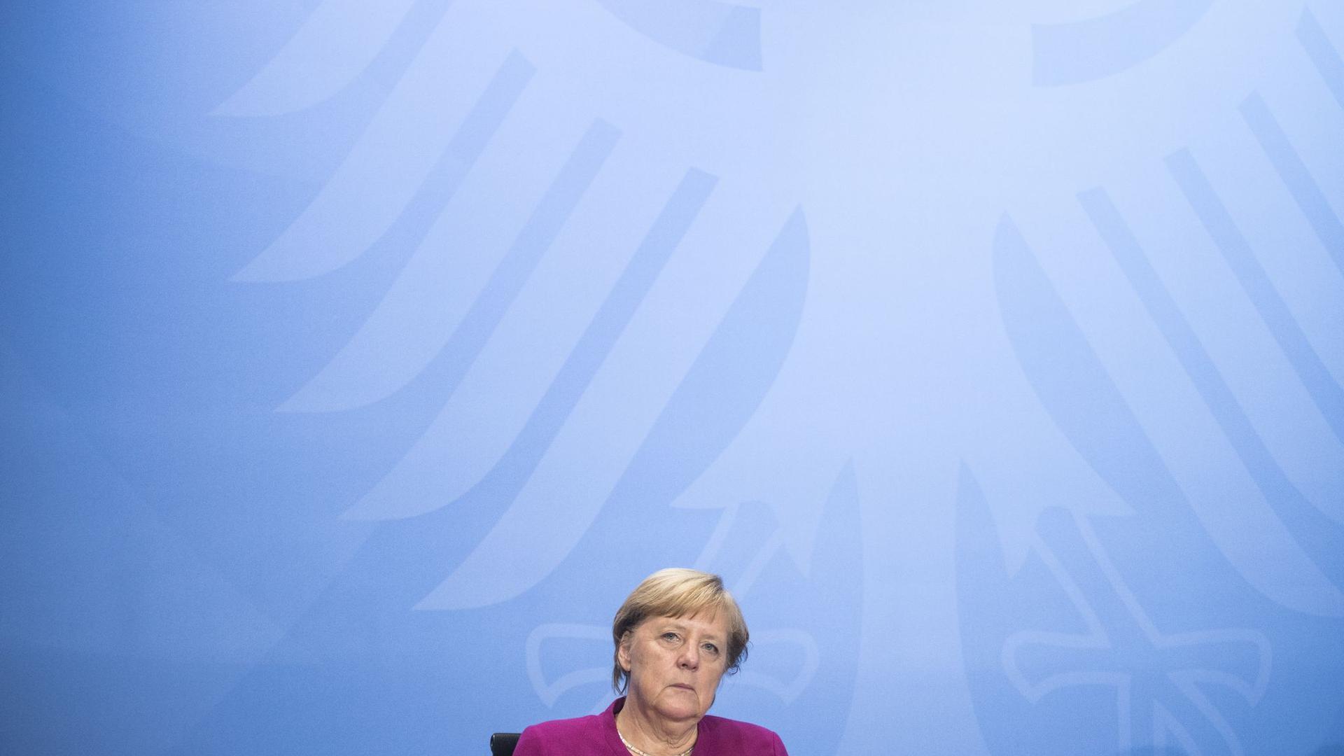 Bundeskanzlerin Angela Merkel hat sich mit den Ländern auf einheitliche Regeln für Corona-Hotspots geeinigt.
