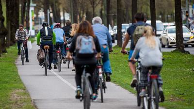 Laut ADAC erfüllt rund jeder dritte Radweg erfüll nicht einmal die jeweilige Mindestbreite.