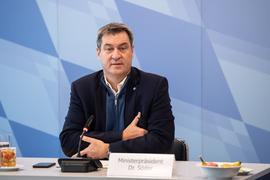 Markus Söder, CSU-Vorsitzender und Ministerpräsident von Bayern, eröffnet eine Kabinettssitzung in München.