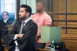 Arafat A.-Ch. (m.) Ende August in einem Saal des Landgerichts in Berlin.