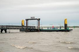 Der Union-Pier in Nordenham in Niedersachsen, an dem das Schiff mit sechs Castoren mit hoch radioaktivem Atommüll erwartet wird.
