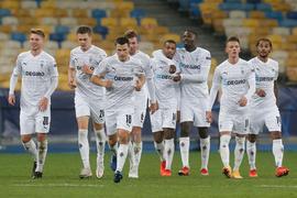 Die Spieler von Borussia Mönchengladbach feiern das 6:0 im Spiel gegen Schachtjor Donezk.