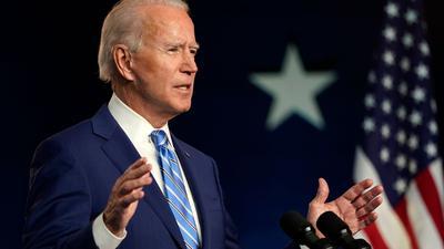 """""""Jetzt, nach einer langen Nacht des Zählens, ist es klar, dass wir genug Staaten gewinnen, um 270 Wahlstimmen zu erreichen, die erforderlich sind, um die Präsidentschaft zu gewinnen"""", sagt Joe Biden bei einer Rede in Wilmington im US-Bundesstaat Delaware."""