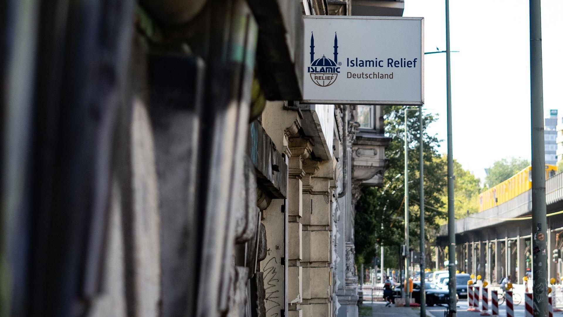 Das Büro von Islamic Relief in Berlin. Die Organisation bezeichnet sich selbst als gemeinnützige deutsche Nichtregierungsorganisation mit humanitärem Auftrag.