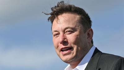 Hat nach einem guten Börsen-Tag 7,2 Milliarden Dollar mehr: Tesla-Chef Elon Musk.
