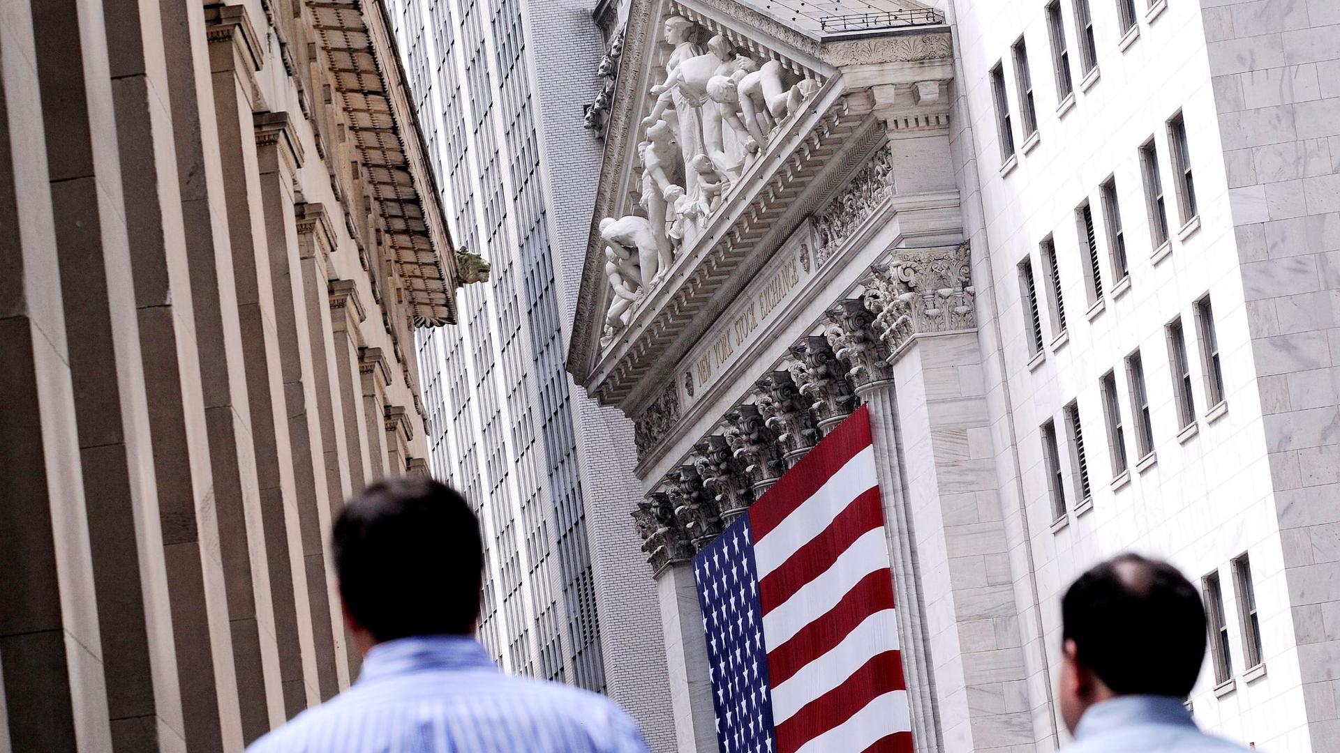 """Der im Börsenjargon schlicht """"Dow"""" genannte Auswahlindex hat nun eine monatelange, beeindruckende Aufholjagd gekrönt."""