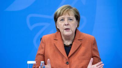 Bundeskanzlerin Angela Merkel nach der Schaltkonferenz mit den Ministerpräsidenten der Länder.