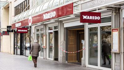 Die insolvente Steakhaus-Kette Maredo hat fast allen Mitarbeitern gekündigt.