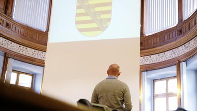 Der angeklagte frühere Bundeswehrsoldat des Kommandos Spezialkräfte (KSK) aus Nordsachsen im Landgericht Leipzig.
