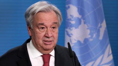 """""""Es besteht jetzt die klare, reale Gefahr von Mutationen, die das Virus übertragbarer oder tödlicher machen. Wir müssen schnell handeln"""", sagt UN-Generalsekretär António Guterres."""
