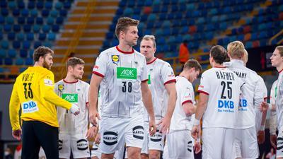 Mit einer historischen Pleite kehren Deutschlands Handballer von der WM aus Ägypten zurück.