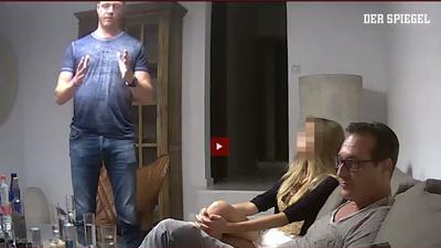Der damalige FPÖ-Chef Heinz-Christian Strache (r) auf dem heimlich aufgenommenen Ibiza-Video.