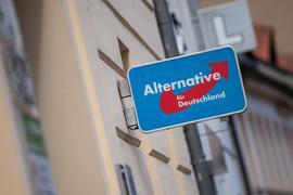 Im Streit um die Einstufung als Verdachtsfall durch den Verfassungsschutz hat das Verwaltungsgericht Köln den AfD-Antrag abgelehnt.