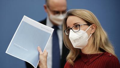 Alena Buyx, Vorsitzende des Deutschen Ethikrats: Der Deutsche Ethikrat berät die Bundesregierung in ethischen Fragen zur Pandemie.