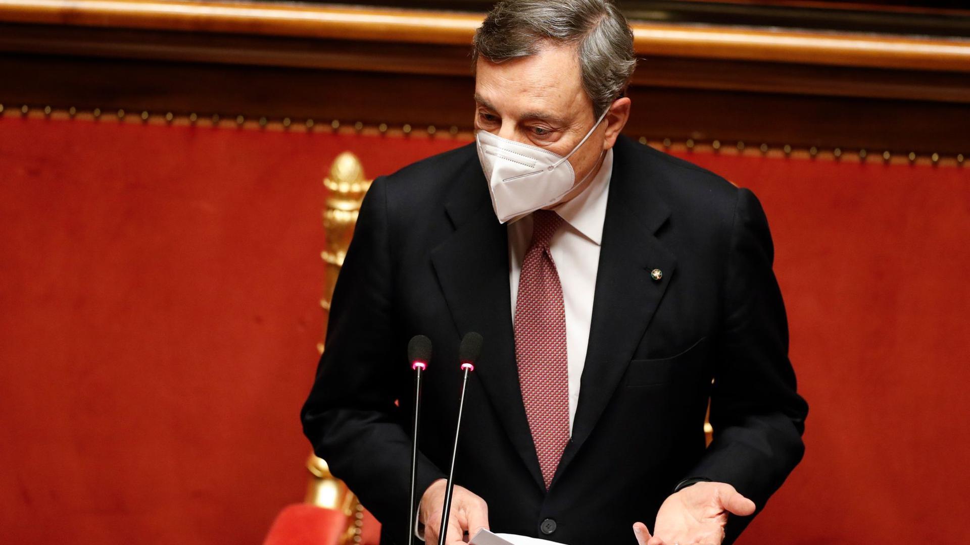 Mario Draghi, Ministerpräsident von Italien, spricht vor dem Senat in Rom.