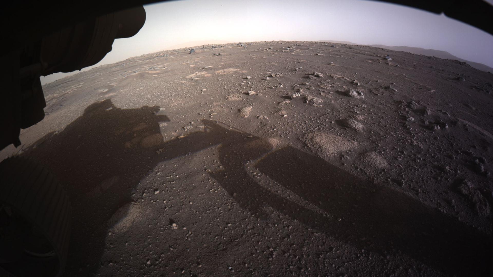 """Der US-Rover """"Perseverance"""" hat erste Videos von seiner Landung und Audio-Aufnahmen vom Mars zur Erde geschickt."""