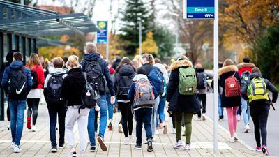 Alle Schüler sollen noch im März wieder zur Schule gehen.