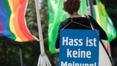 Protest gegen Hassnachrichten im Netz.