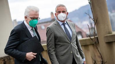 Auf Koalitionsgespräche geeinigt: Winfried Kretschmann (l) und Thomas Strobl.